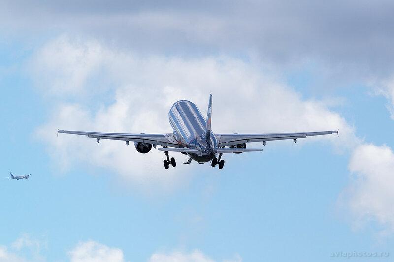 Airbus A320-214 (VQ-BKT) Аэрофлот 0390_D803307