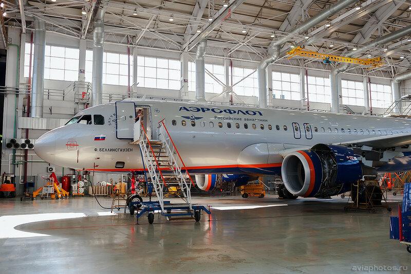 Airbus A320-214 (VP-BZR) Аэрофлот 0701_D703620