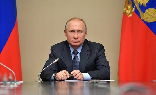 Владимир Путин заявил, что у него нет планов менять Конституцию РФ