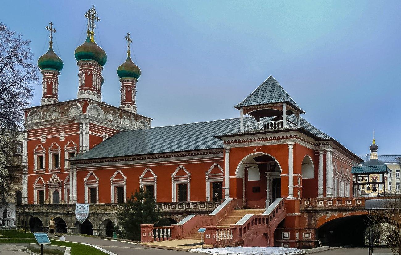 irina-fortuna-vysokopetrovsky-monastery 01.jpg
