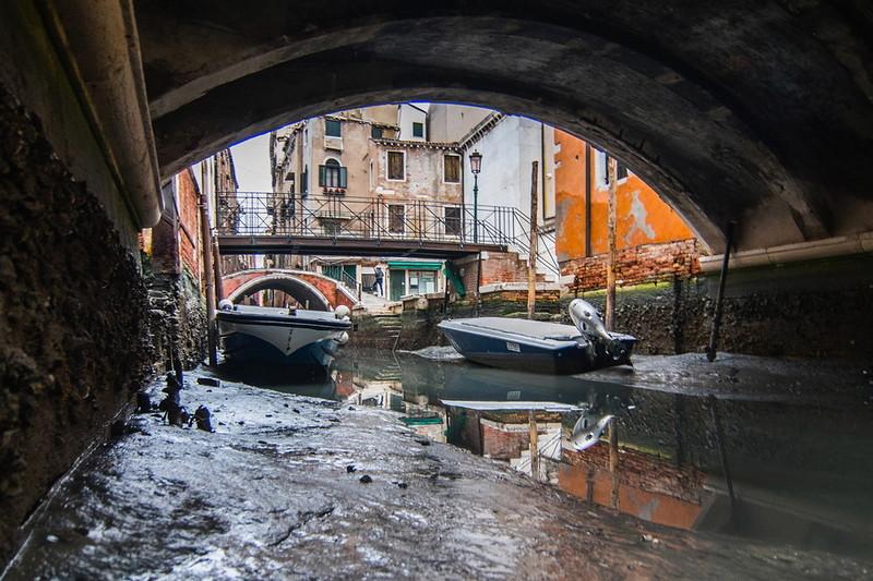0 180ad0 53d2469b orig - Глубина каналов в Венеции