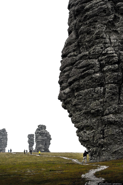 20. «Гора идолов» почиталась как святыня и защитница коренными племенами кочевников и охотников. Кам