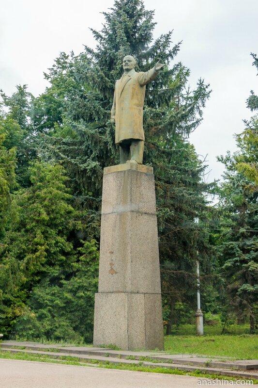 Памятник Ленину, Вышний Волочек
