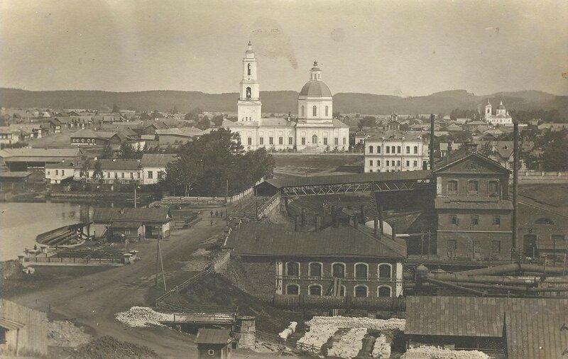 Вид на Сысерть с Бесенковой горы. Конец XIX – начало ХХ века