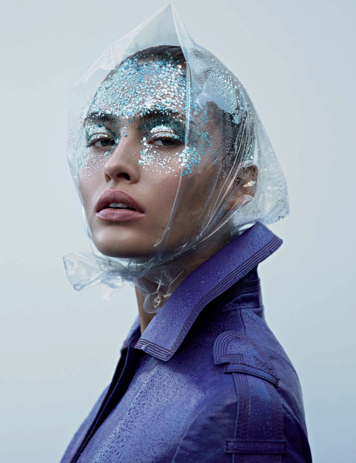 H2O: Lebenselement & Beauty Elixier | Grace Elizabeth By Camilla Åkrans For Vogue Germany January 2017