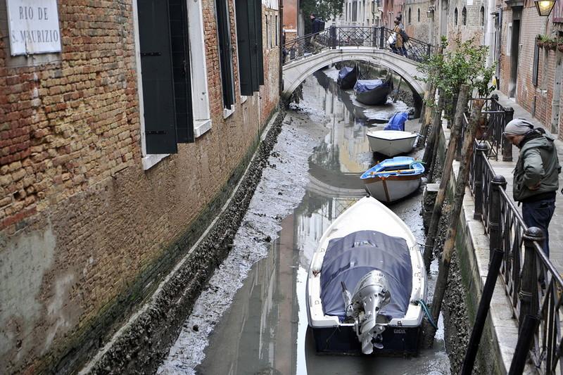 0 180ac9 f3bdad94 orig - Глубина каналов в Венеции