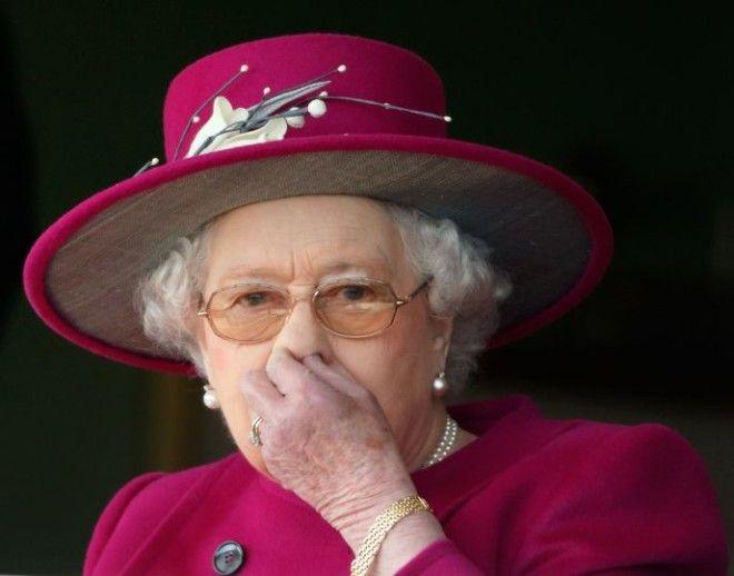 Так же поступит и внук, принц Уильям.
