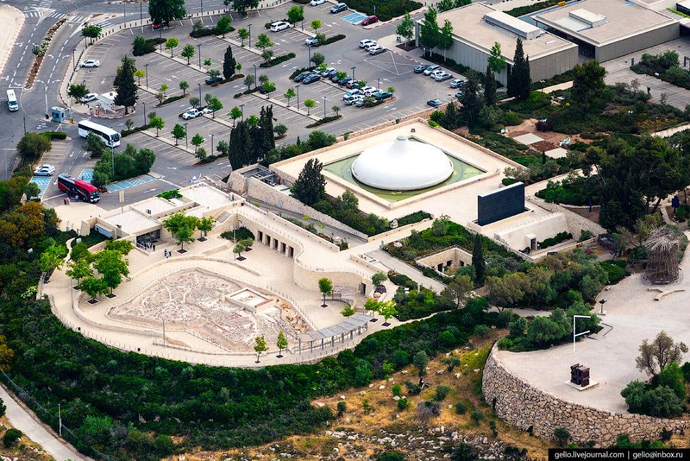 31. Большую часть территории Иерусалима занимает 2-3 этажная застройка. Обусловлено это тем, здесь с