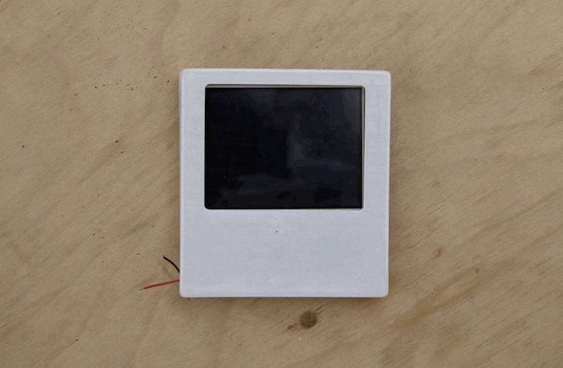 Instagif – This Polaroid instant camera prints animated GIFs