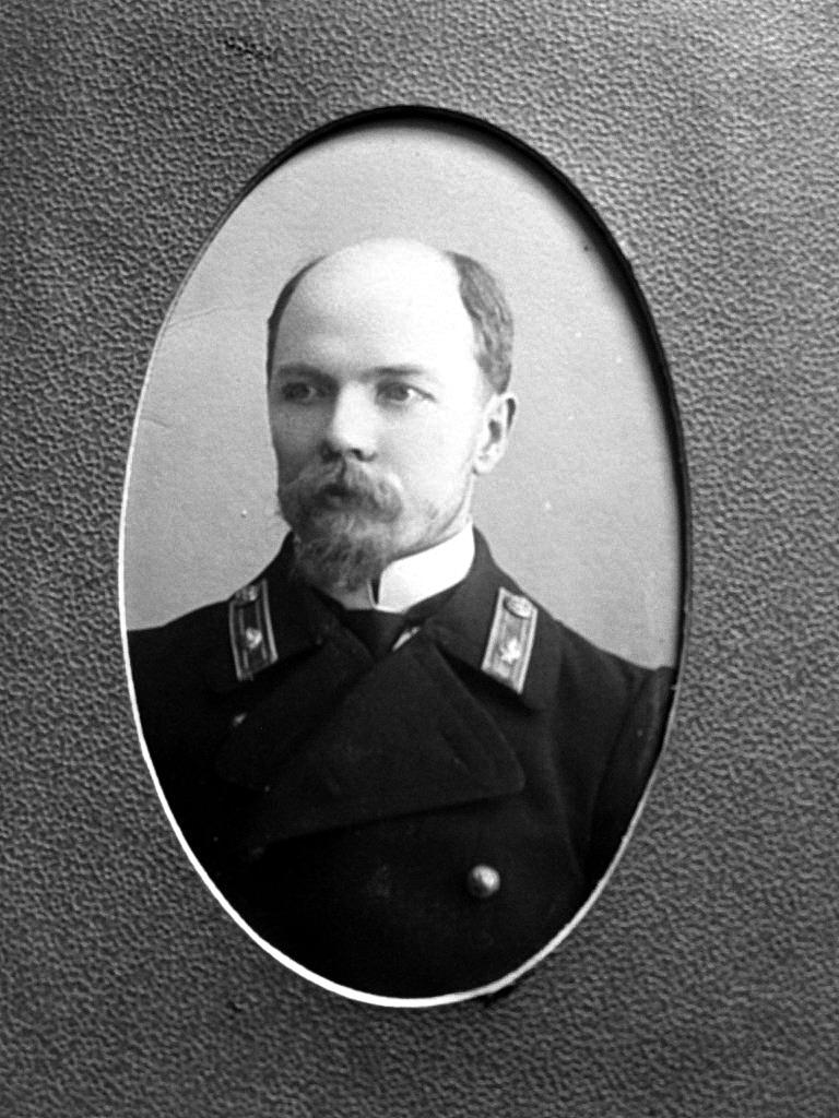 010. Смирнов Иван Иванович - по русскому языку и педагогике