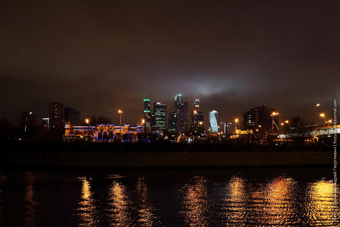 «Москва-Сити» ночью
