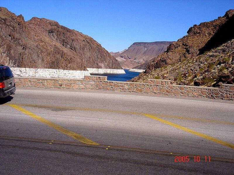 Водохранилище Мид на границе Невады и Аризоны.