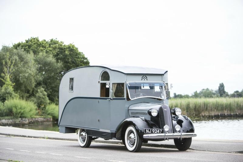 Pontiac-Six-4-Litre-Motorhome-1936-1.jpg