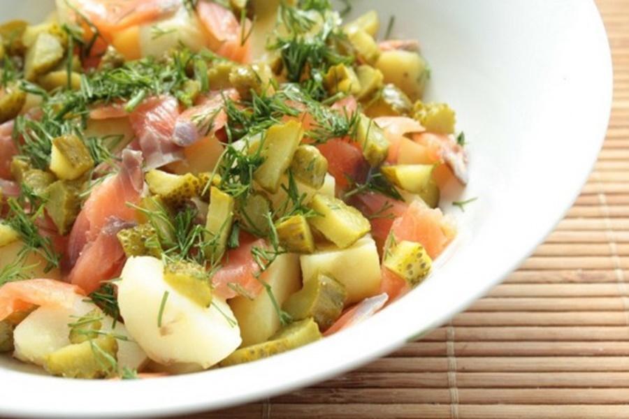 Салат из соевого мяса с картофелем