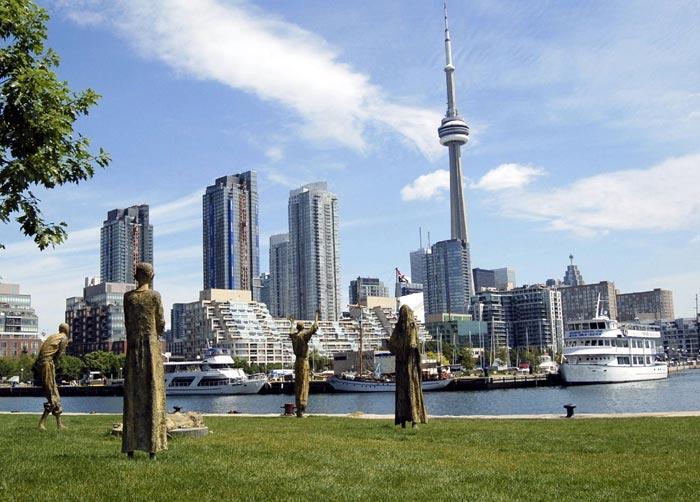 6. Канада Из основных отличий этой страны можно выделить сложные промышленные исследования, разработ