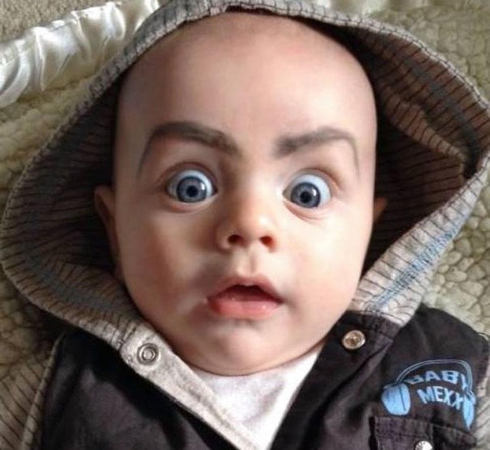 Ужас в глазах ребенка говорит о многом.