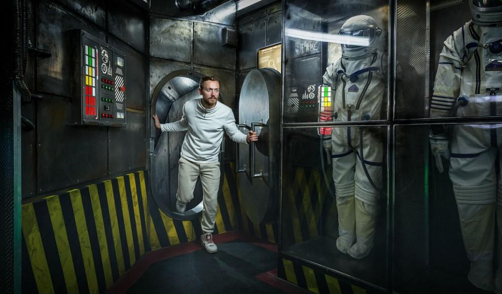 «Я — робот» — высокотехнологичный квест в реальности от «Клаустрофобии» с уклоном в психологию. Для