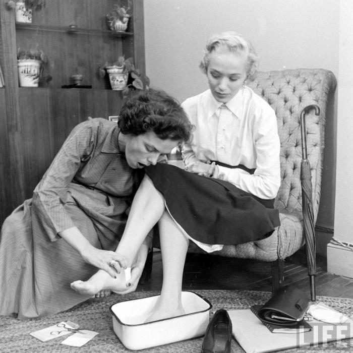 Закулисная жизнь американского модельного агентства конца 40-х годов (9 фото)