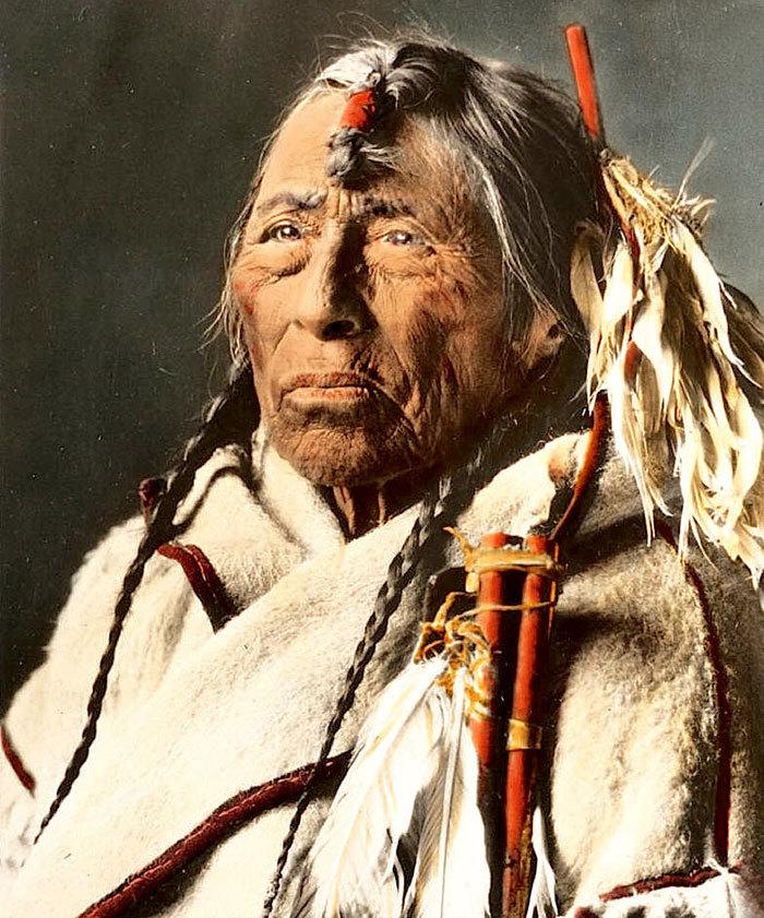 Вождь Джеймс Гарфилд. Племя хикарилья-апачи, 1899.