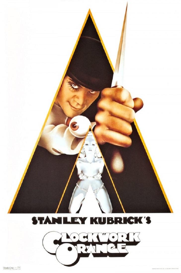 1. «Заводной апельсин» Стэнли Кубрика. На оригинальном плакате изображена голая женщина, и в США его