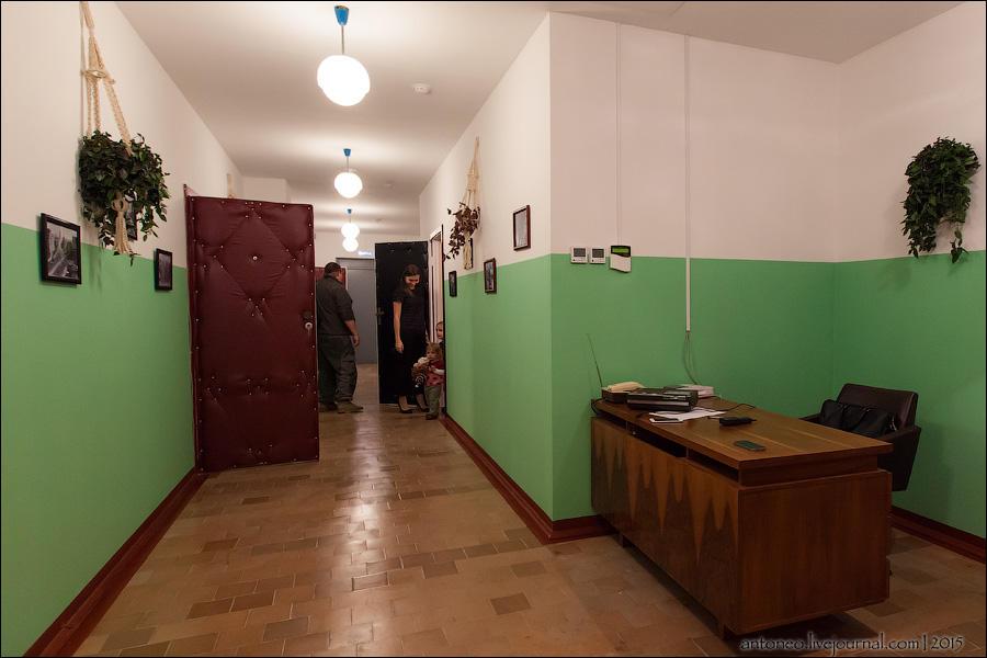 2. Общий холл 3. Начнем с 60-х. Одна из самых хорошо воссозданных комнат