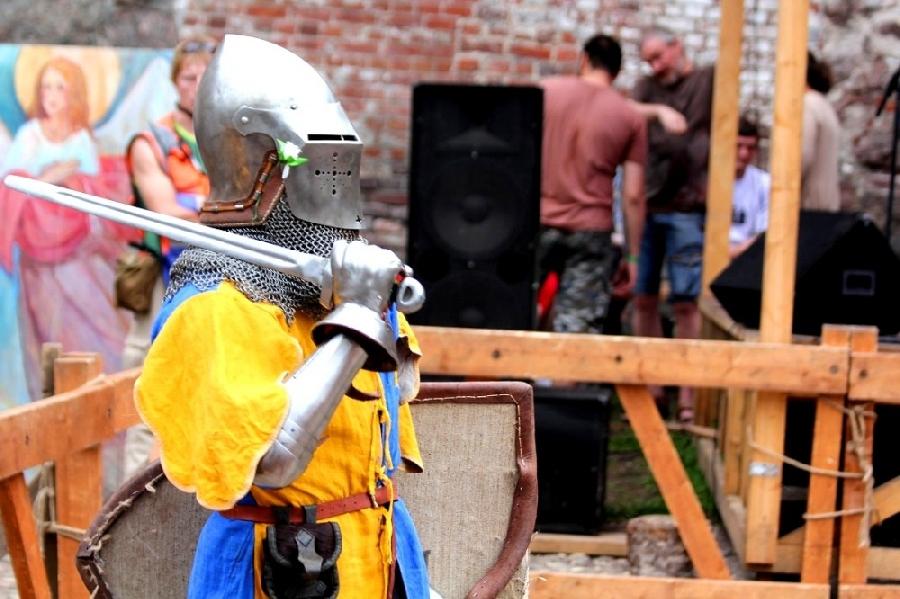 1. Как только попадаешь на любой из этих фестивалей, моментально проникаешься атмосферой средневеков