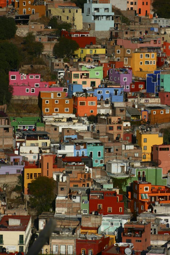 Многокрасочные города