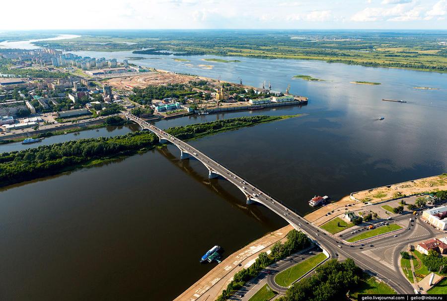 28. Канавинский мост — первый из постоянных городских мостов через Оку.