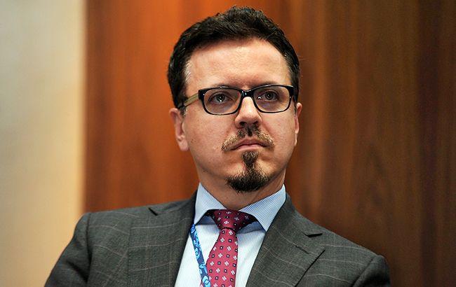 Кабмин согласовал договор сновым главой Укрзализныци Бальчуном