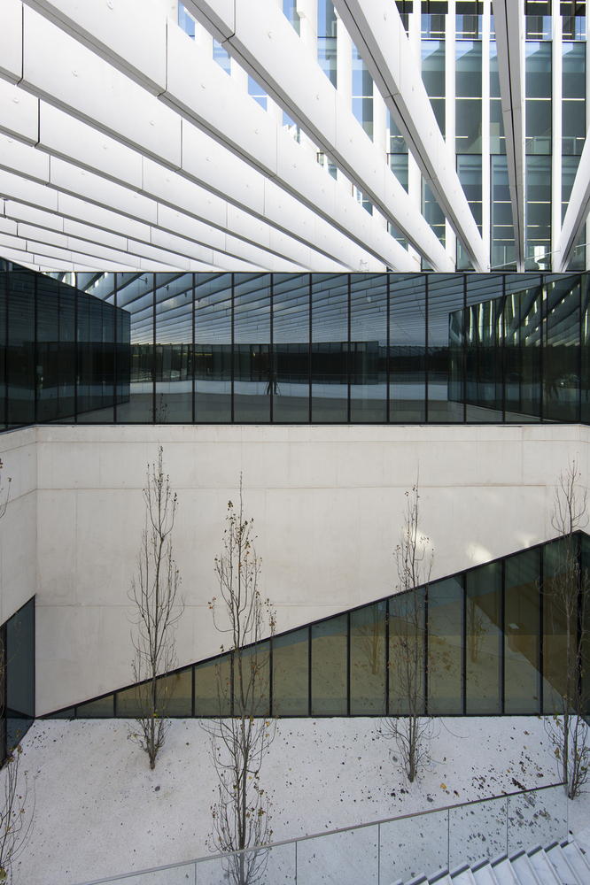 EDP Headquarters by Aires Mateus e Associados - Your Daily Architecture & Design Update