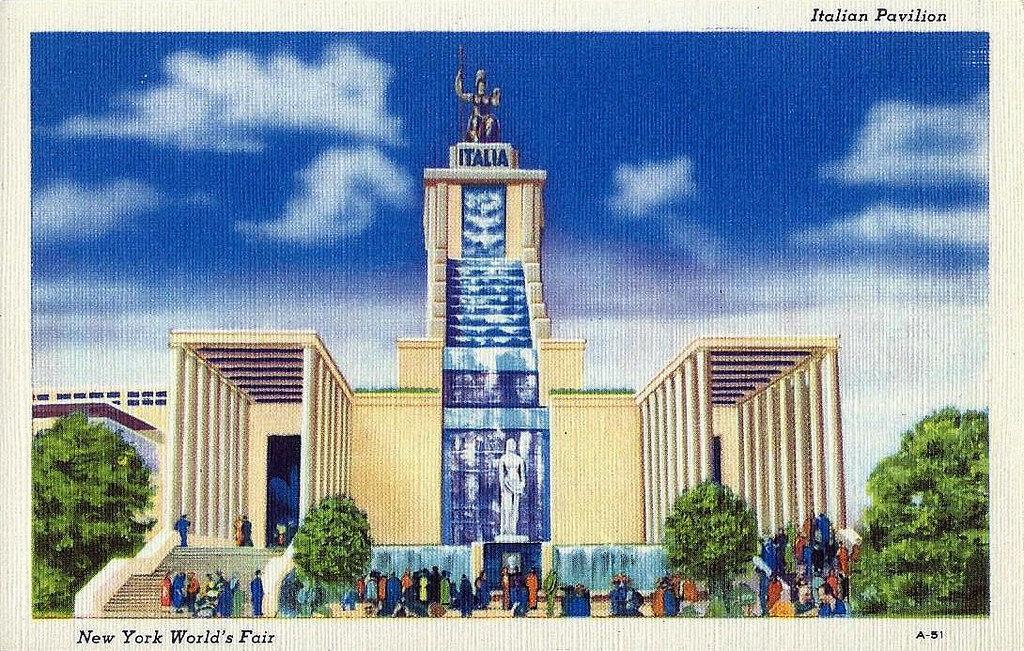 1939 New York World's Fair Postcard - Italian.jpg