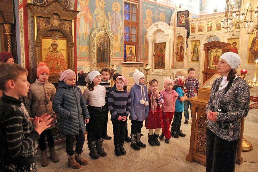 """Новогодний молебен в воскресной школе """"Вертоград"""""""