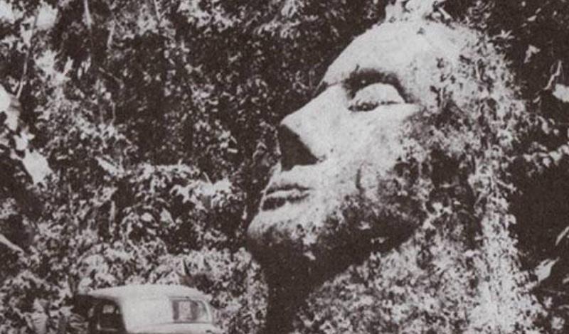 Эта гигантская каменная голова, которая была найдена доктором Оскаром Падилья в 1950 году, была почт
