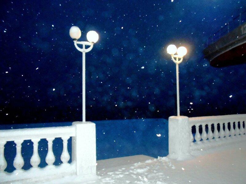 На набережной свежий снег ... DSCN3548.JPG
