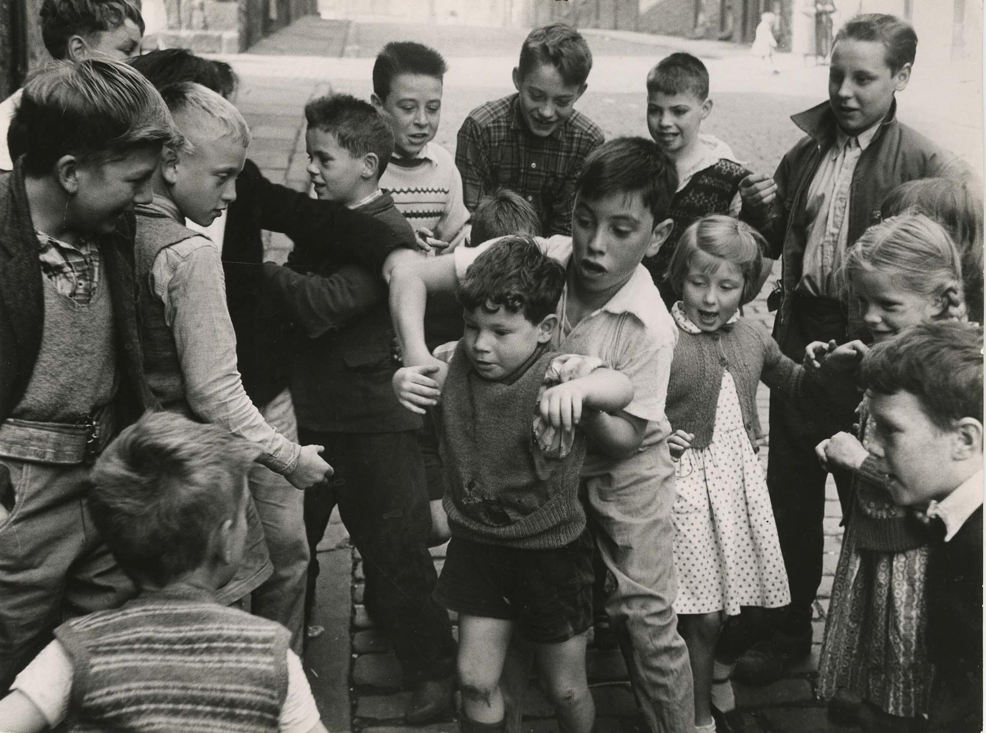 1958. Эдинбург. Драка
