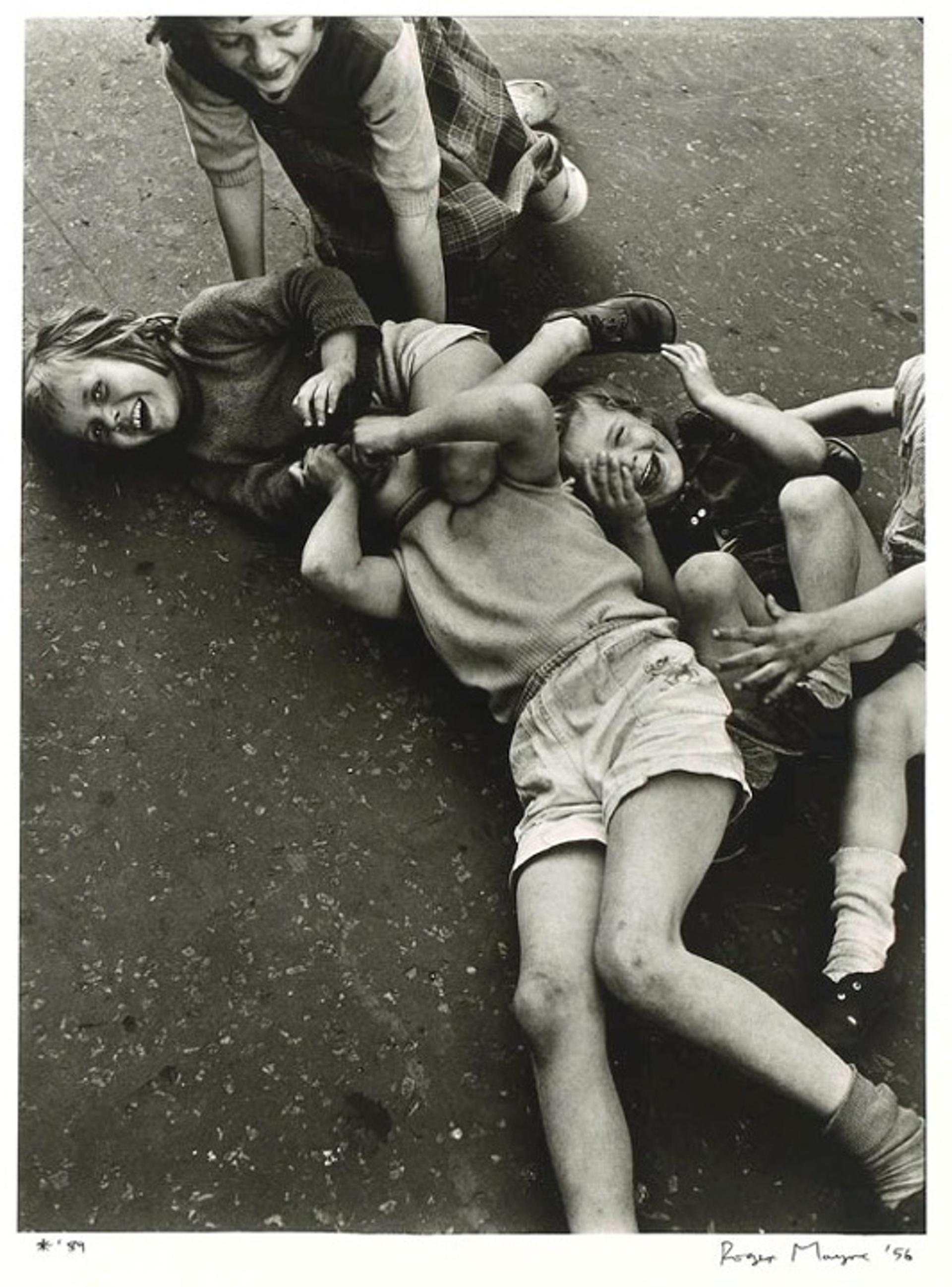 1956. Дети на дороге. Соутхэм стрит,Лондон