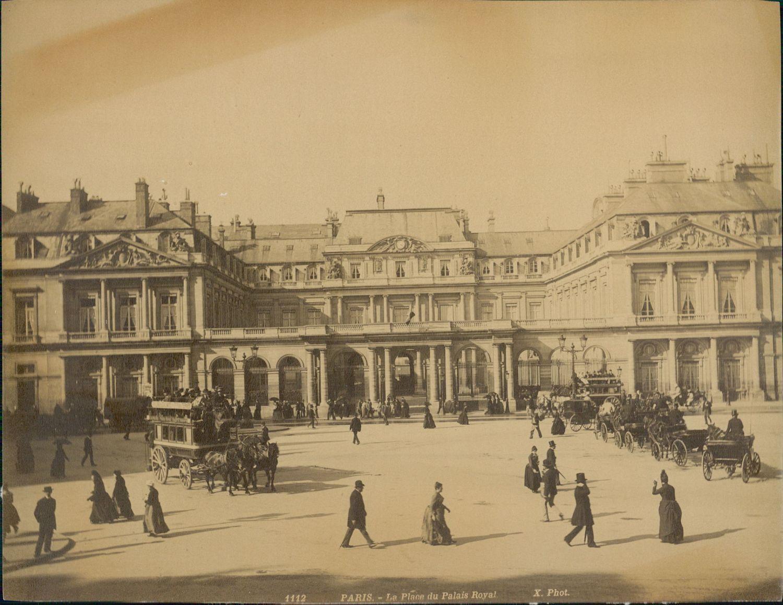 1889. Площадь Королевского дворца