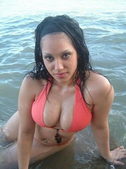 Очень много девушек с потенциалом (фото женской груди)