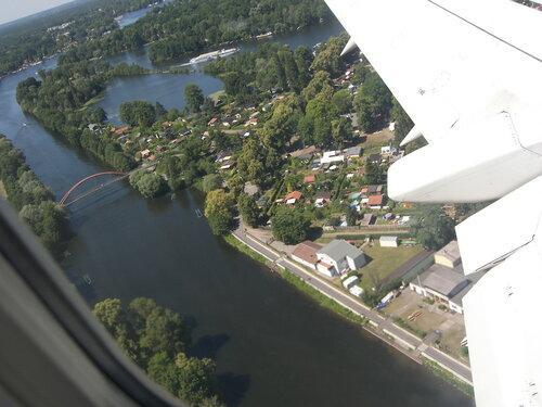 2015-07-02  Boing 737  - Берлин, знать бы еще что за район? )