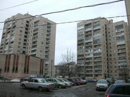 ул. Металлургов 15
