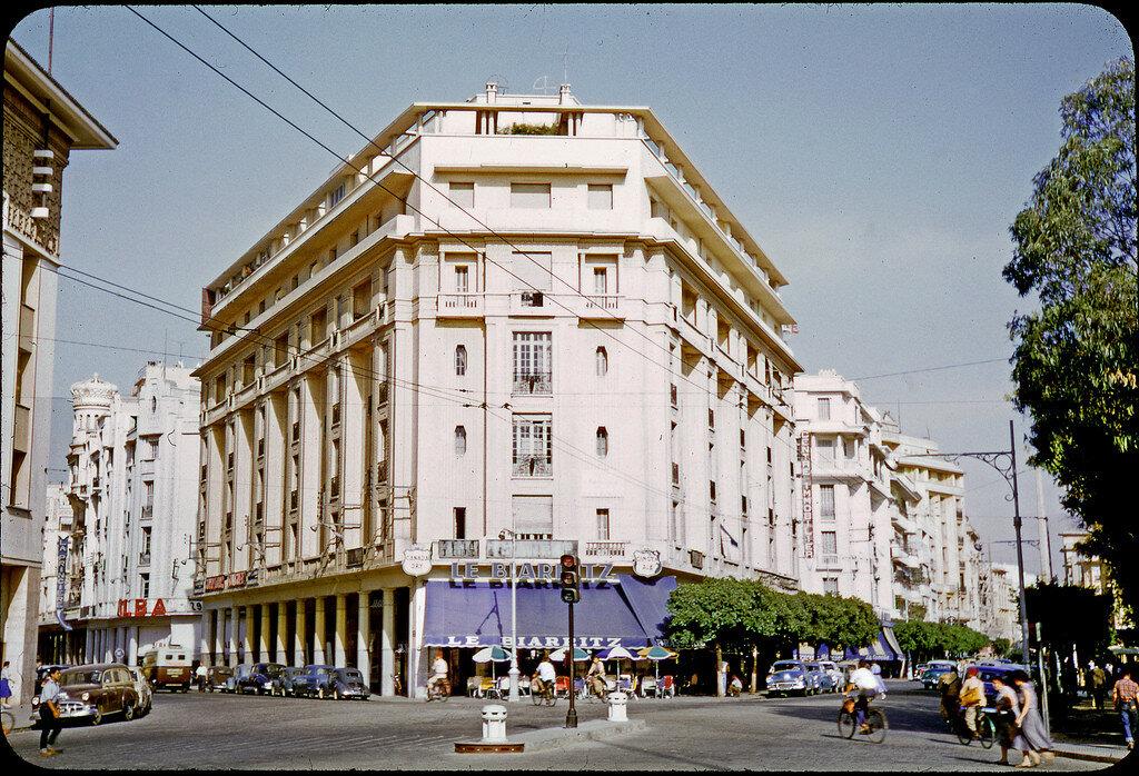 1955 Casablanca, le Biarritz.jpg