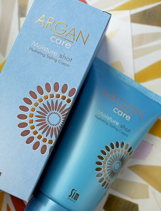 Sim-Sensitive-Argan-Care-miracle-mist-glimmer-shine-spray-moisture-shot-hydrating-styling-cream-review-отзыв5.jpg