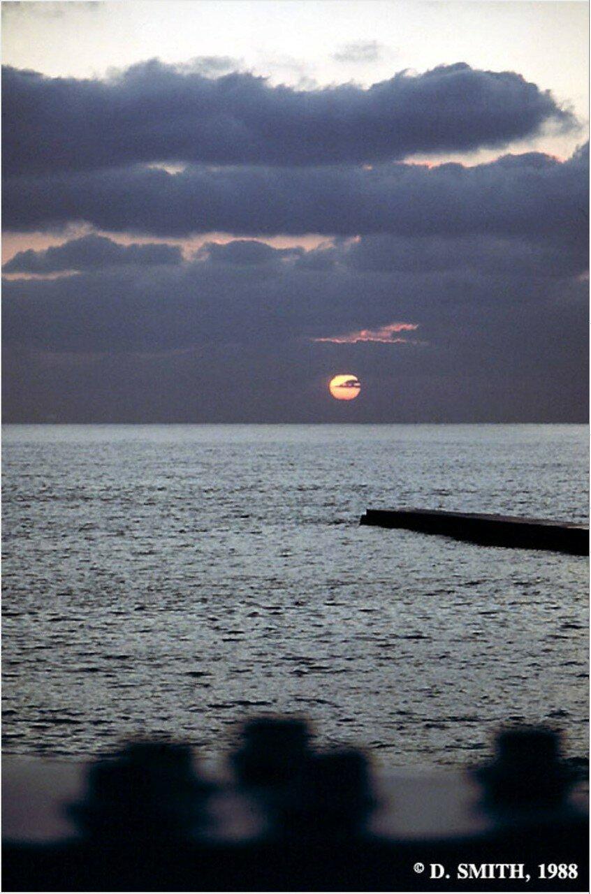 Сочи. Закат над Черным морем