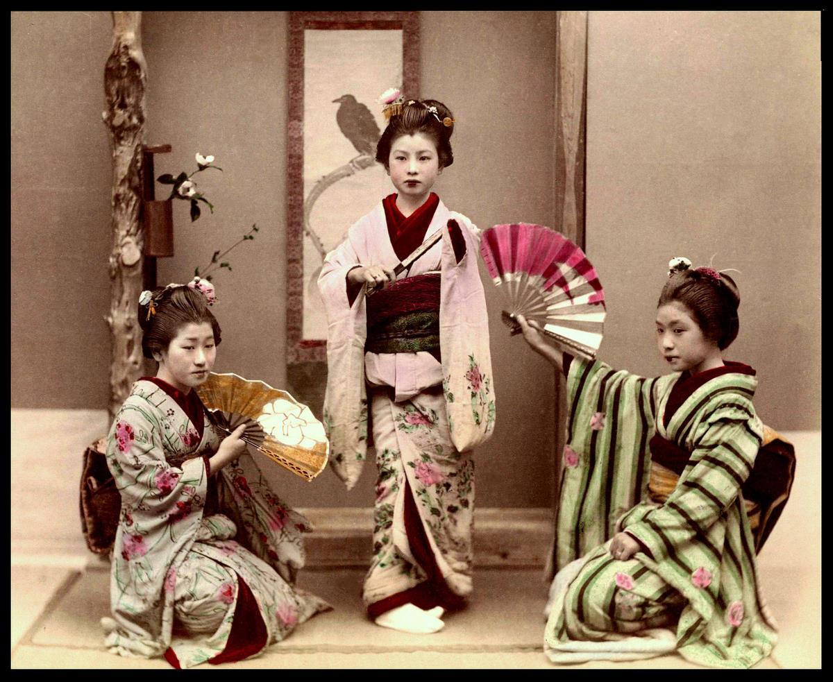 Шоу японских девушек 8 фотография
