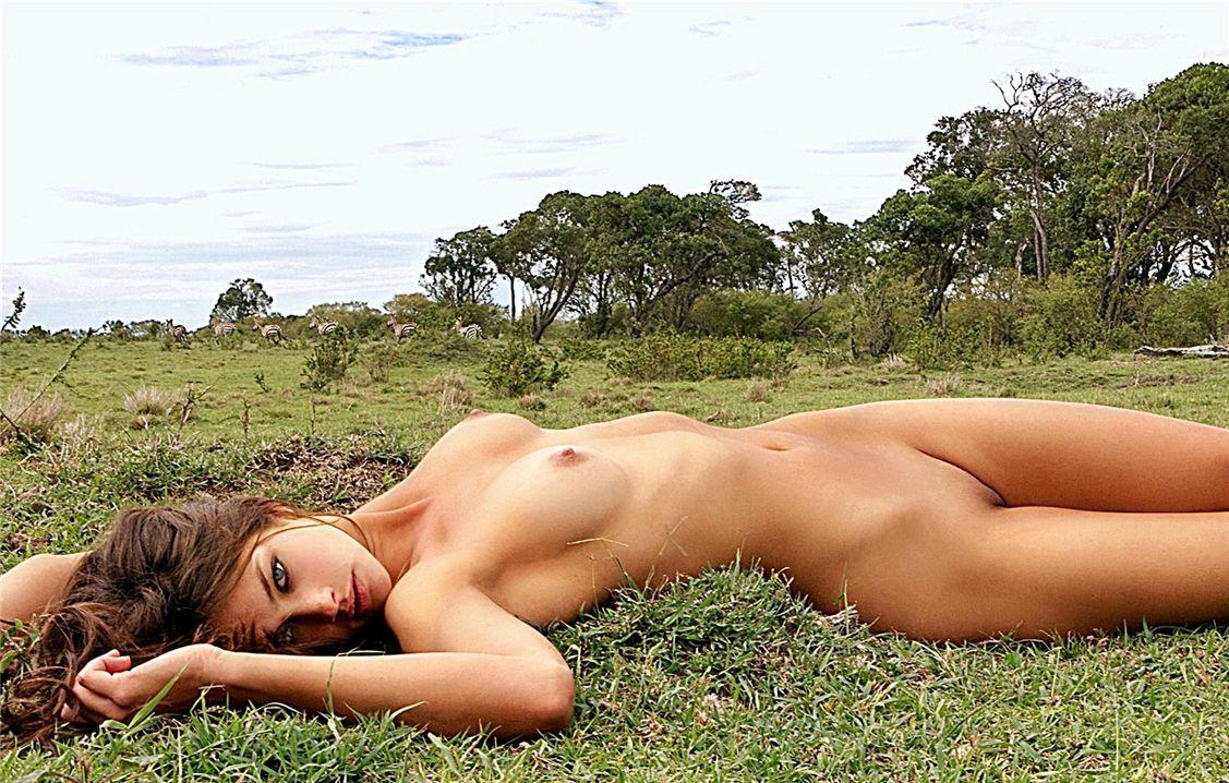 Обнаженная добыча Кэндис Бучер / Candice Boucher in Naked Prey for Playboy
