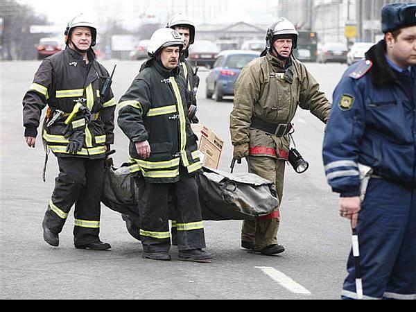 В московском метро произошло два взрыва