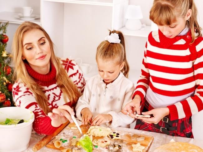 Совместная готовка, особенно смаленькими детишками,— это, конечно, двойная ответственность, нопри