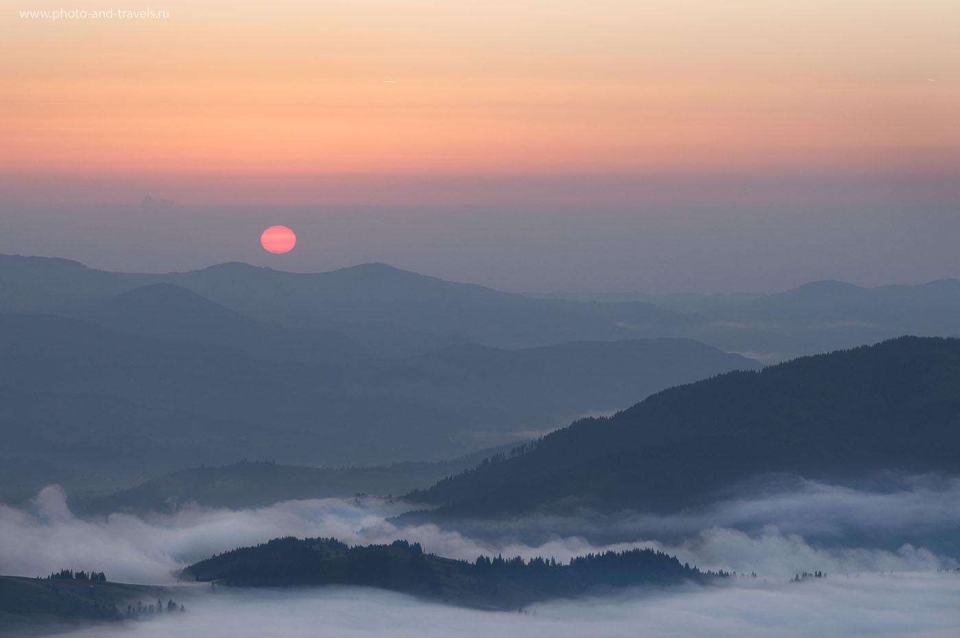 21. Рассвет в горах (1/50, -0.67, f/9.0, 92 мм, ИСО 200)