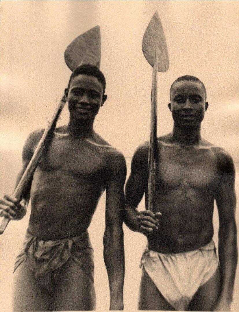 1930. Гребцы. Конакри, Гвинея,