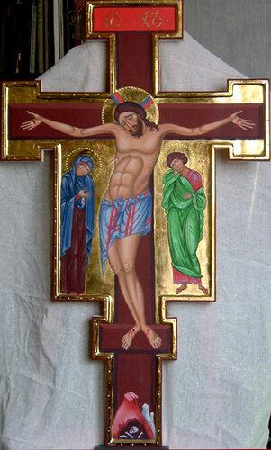 РАСПЯТИЕ с ПРЕДСТОЯЩИМИ Выносной крест размером 105 Х 64 см написан Филиппом Давыдовым в апреле 2005 года